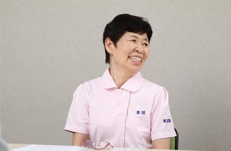 職員の笑顔イメージ